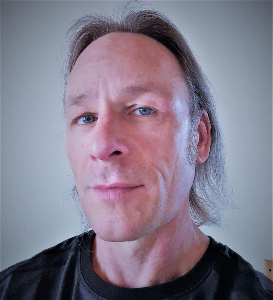 Thomas Selfie Artic