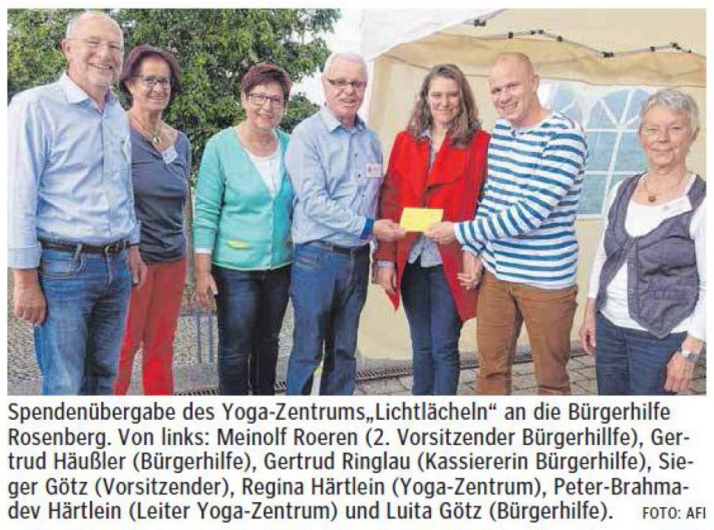 lichtlaecheln_ipf-_und_jagst-zeitung_aalener_nachrichten_yogazentrum_buergerhilfe_2016-06-03